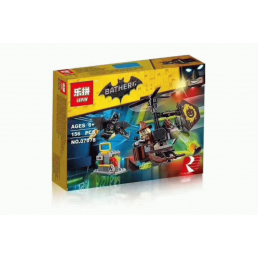 Конструктор LEPIN Batman Схватка с Пугалом